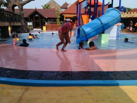 Kiddy Pool Dynasty